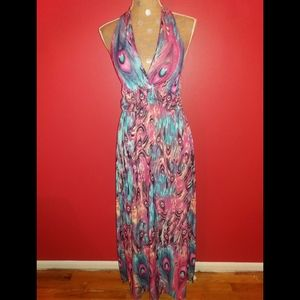 Dresses & Skirts - NWOT Feather Print Halter Maxi Dress